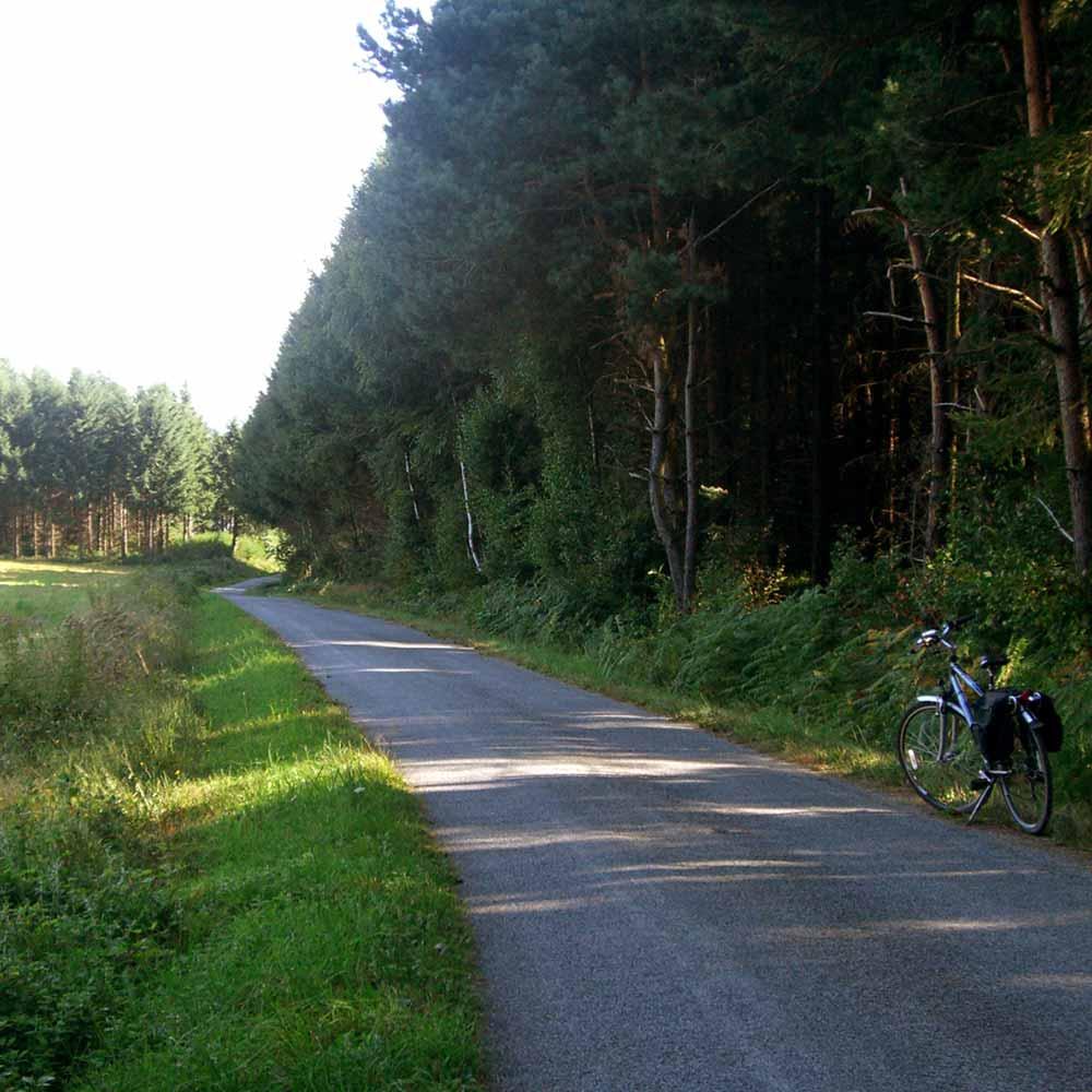 biking in Auvergne